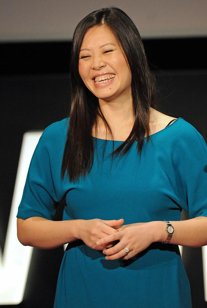 TEDxWomen speaker Tan Le