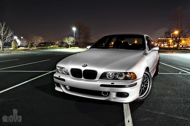 E39 BMW M5 ; light painting