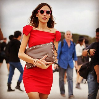 Alexa Chung in Valentino at Paris Fashion Week | by LeeOliveira.StreetStyle