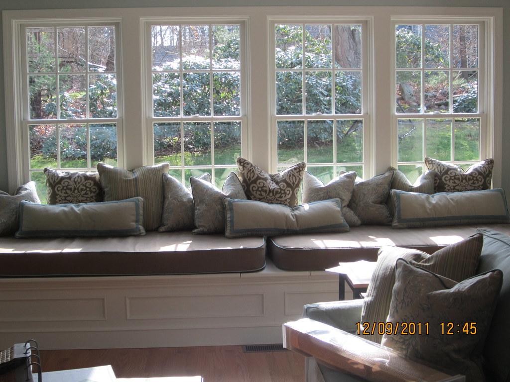 Sensational Large Bay Window Seat With Misc Pillows And Cushions Flickr Frankydiablos Diy Chair Ideas Frankydiabloscom