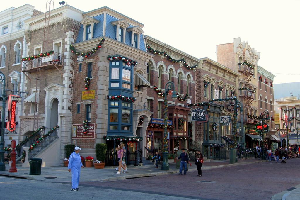 Christmas At Universal Studios Orlando.Universal Orlando Universal Studios New York Christmas