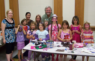 John Rafferty with students at the Thunder Bay Museum - August 2009 | by JohnRafferty, MP