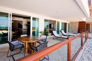 Large Terrace & Private Swimming Pool - Deluxe PuntaMita