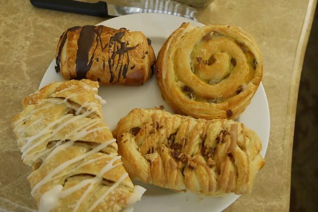 金, 2015-07-24 09:11 - Laggan's Bakery