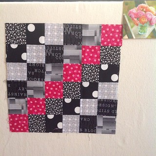 Received this #scrappytripbee block from @emilybuck04.  Love it, it is quite striking!  Thanks Emily.