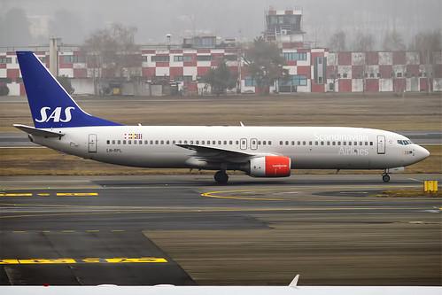 SAS, LN-RPL, Boeing 737-883 | by Anna Zvereva