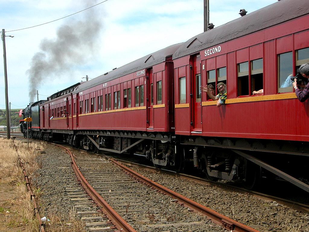 A Steamrail Victoria train departing Warragul by phunnyfotos
