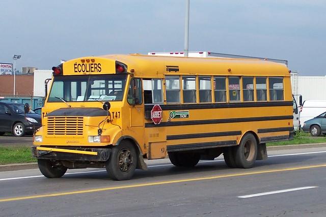 THOM TRANSPORT T47 International School Bus Autobus Ecoliers Gatineau, Quebec 05302006 ©Ian A. McCord