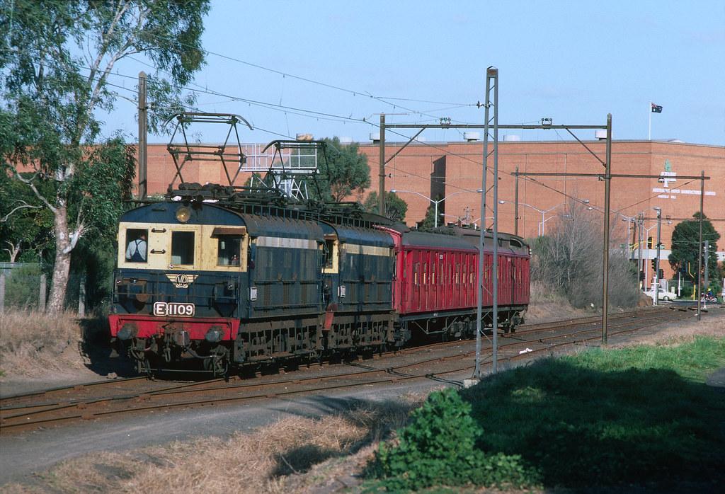 E1109-1102 APM Fairfield by Rail Tourist Association