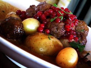 Köttbullar - boulettes de viande - meatballs   by DKdlV38