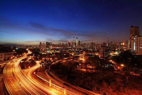 morning sunrise canon eos malaysia kualalumpur hdr kltower petronastwintowers pekeliling 9xp 400d vedd