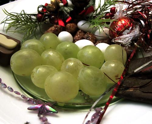 Mis uvas de la suerte !!! *  Feliz año nuevo 2012 !!! | by jacilluch