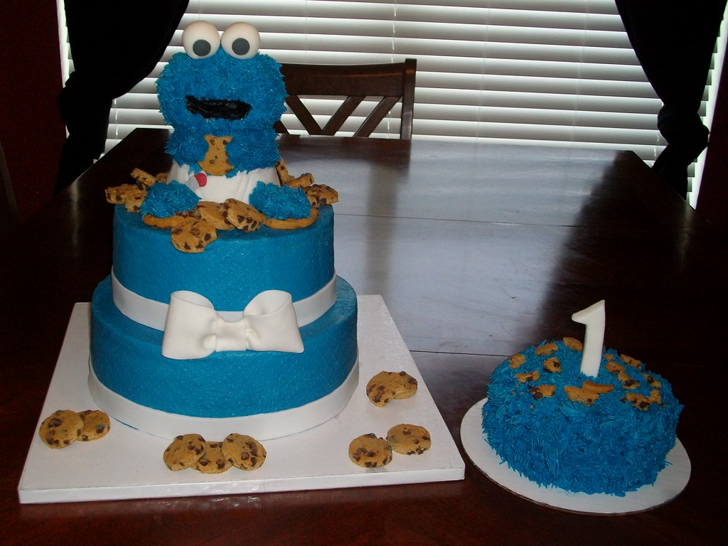 Outstanding Cookie Monster Birthday Cake Was Made With Buttercream Ici Flickr Funny Birthday Cards Online Elaedamsfinfo
