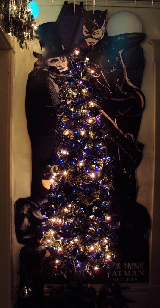 Batman Christmas.Batman Christmas Tree This Year Went A Different Rout