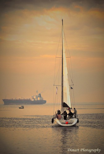 sea sunrise boat nikon sailing ship d300s dimart