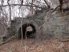 日, 2011-12-25 10:19 - Dunderberg Spiral Railway のトンネル