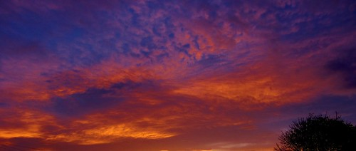 sunset cheltenham cloudsstormssunsetsandsunrises 231111 about1610hrs