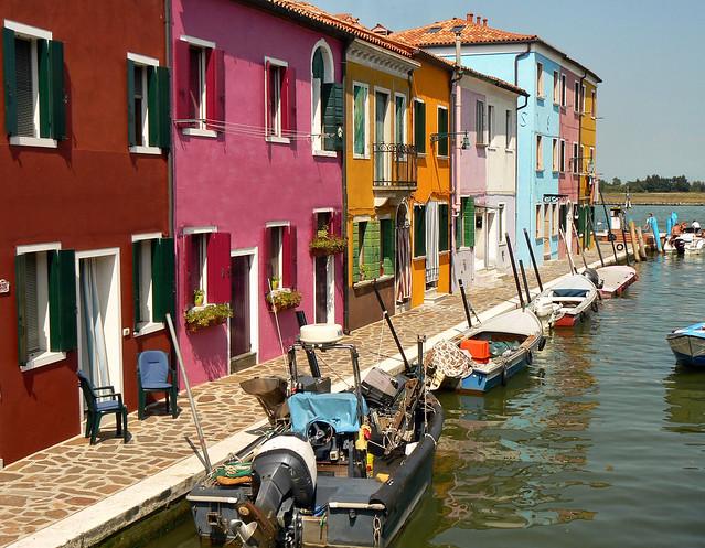 Une barque pour chaque maison