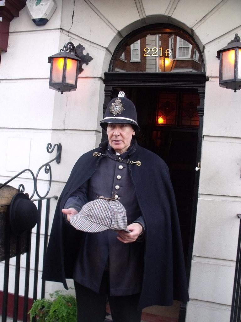 The Sherlock Holmes Museum - 221b Baker Street, London - V ...