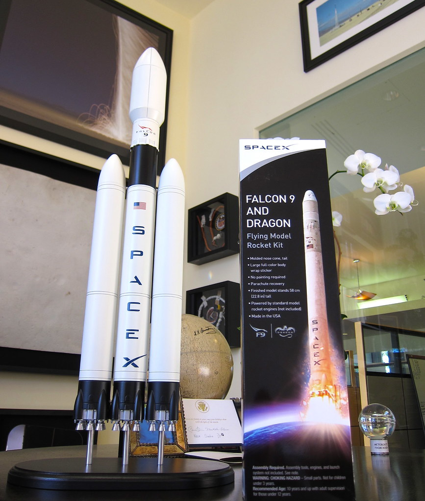 SpaceX Model Rockets   They arrived today from Rocket-Santa