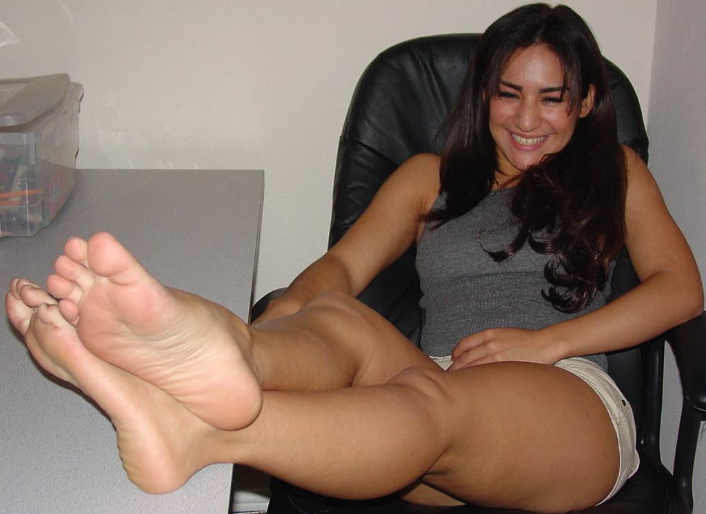 Free porn nylon feet pics