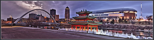 road street longexposure bridge urban panorama usa sign night canon pagoda midwest cloudy outdoor pano tripod pedestrian wideangle iowa panoramic 7d stitching riverfront bluehour wellsfargo hdr travelers riverwalk principal johndeere vanguard desmoines emc chineseculture 801grand ruan 2011 desmoinesriver 1585 wellmark desmoinesisnotboring