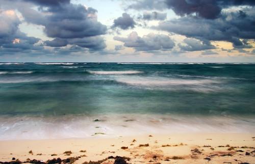 ocean motion beach water grandcayman