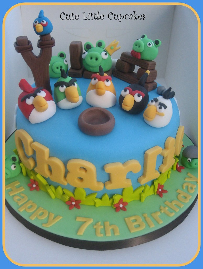 Excellent Angry Birds Birthday Cake Heidi Stone Flickr Funny Birthday Cards Online Fluifree Goldxyz