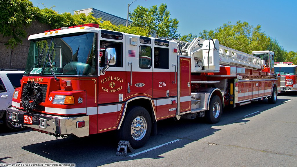 OKL Truck 2576 | The San Francisco Fire Department lost two