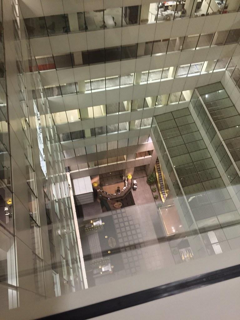335 Madison Avenue atrium