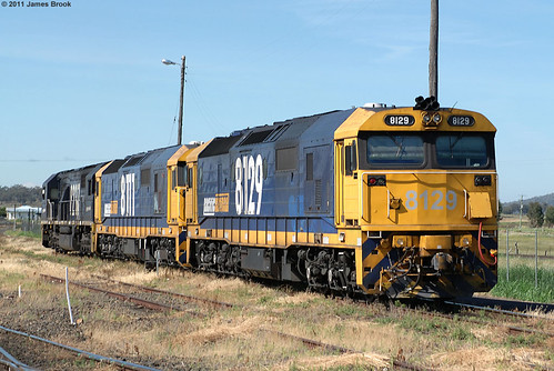 8129, 8111 and 8237 at Werris Creek | by VRfan