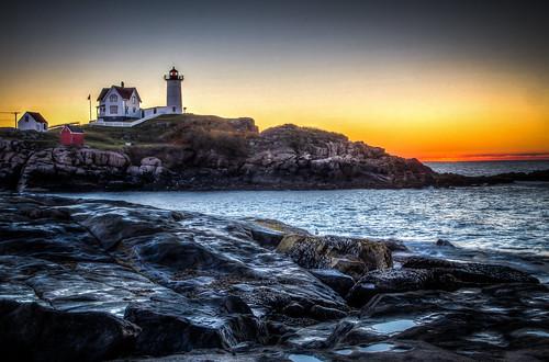 maine lighthouse sunrise sunrises sunrisessunsets sunrisesunset newengland worldtrekker
