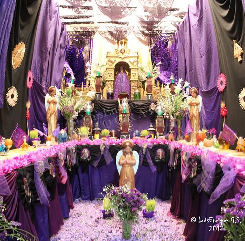 Viernes de Dolores - Semana Santa - Altar de Nuestra Señora de los Dolores o de los Siete Dolores - Puebla - México