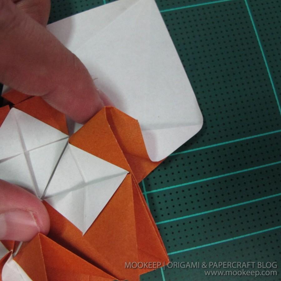 วิธีพับกระดาษเป็นรูปหมี (Origami Bear) 022