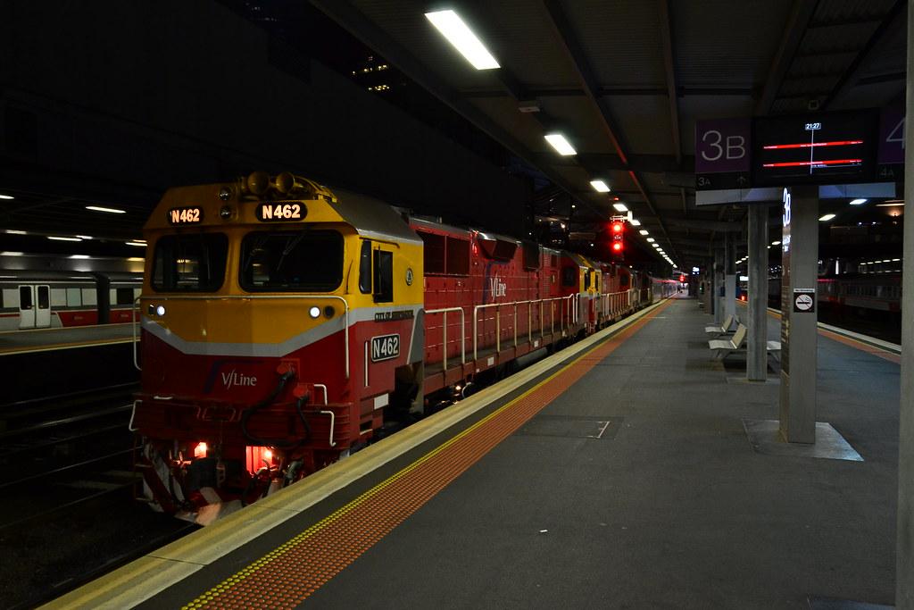 A long, long train by Jarle D