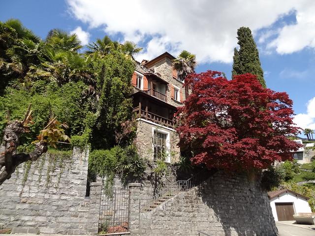 Villa Meta in Orselina (die Villa wurde 2012 sogleich abgerissen und wird durch eine moderne Luxus-Wohngarage ersetzt).