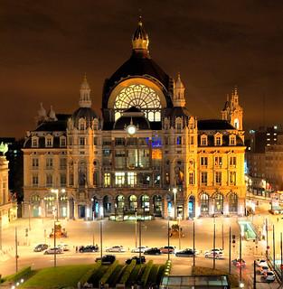 Central Station Antwerp | by edwin van buuringen