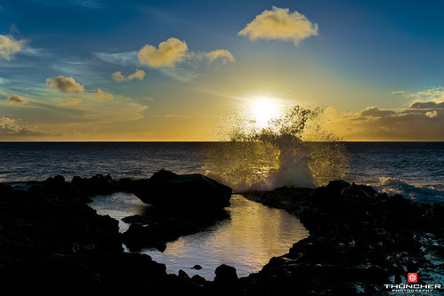 sunset beach nature reflections landscape outdoors island hawaii waves sony scenic maui tropical fullframe fx waterscape kahana a7r sonya7r zeissfe35mmf28za huieroad