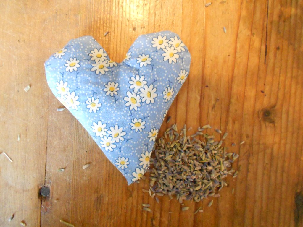 Lavender scented pouch tutorial