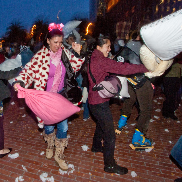 Valentines Day Pillow Fight 2012: bow