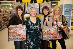 2012. február 13. 14:12 - Lola, Makány Márta,  Farkasházi Réka és Csomor Csilla