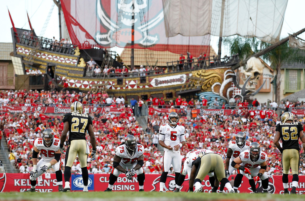7bf5e8f9 Raymond James Stadium Pirate Ship | TAMPA, FL - OCTOBER 16: … | Flickr