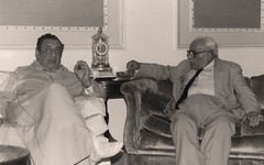 مع د.حسن ظاظا  - ندوة د راشد المبارك - الرياض - أيار 1985