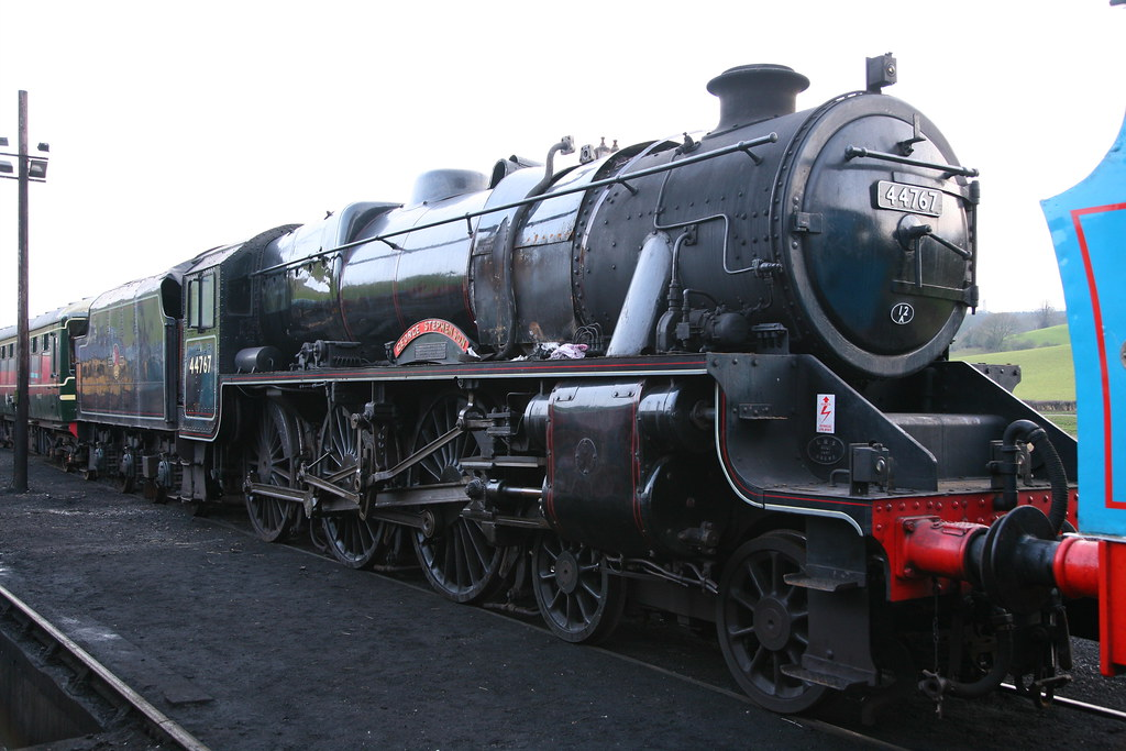 LMS Stanier Class 5MT 'Black 5' 44767 'George Stephenson