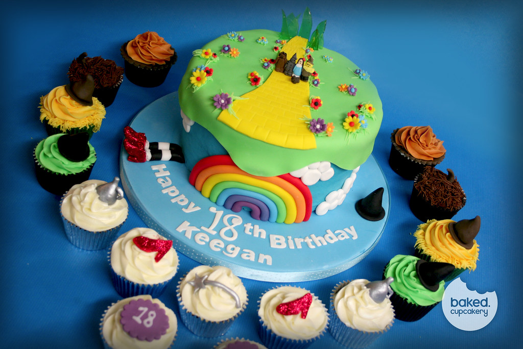 Awesome Wizard Of Oz Cake Cupcakes By Baked Cupcakery A Photo On Funny Birthday Cards Online Bapapcheapnameinfo