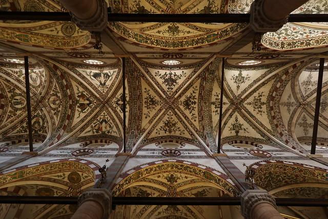 Volta della navata centrale - Chiesa di Sant'Anastasia - Verona