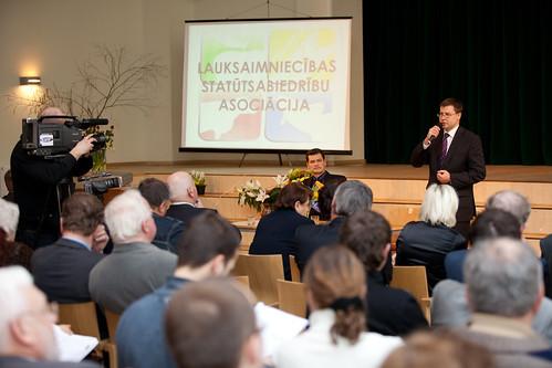 Ministru prezidents Valdis Dombrovskis piedalās Lauksaimniecības Statūtsabiedrību asociācijas sapulcē | by Valdības māja