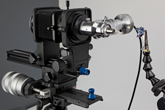 Leitz Ultropak Illuminator (cross polarizer) on Nikon PB-6 bellow