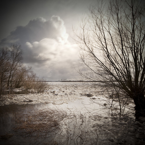 longexposure winter bw ice water river landscape hamburg elbe toning coth supershot coth5 blinkagain