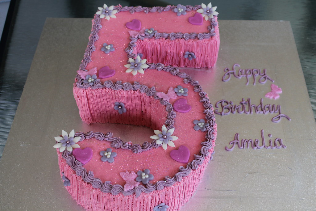 Outstanding Girly 5Th Birthday Cake 80 Maryam Issadeen Flickr Funny Birthday Cards Online Aboleapandamsfinfo